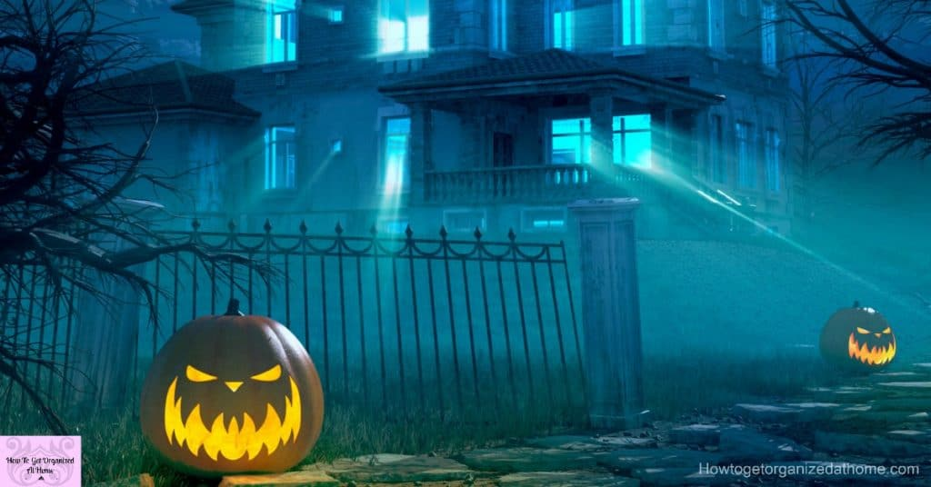 When it comes to Halloween do you have a budget? Have a great but frugal Halloween with these tips!
