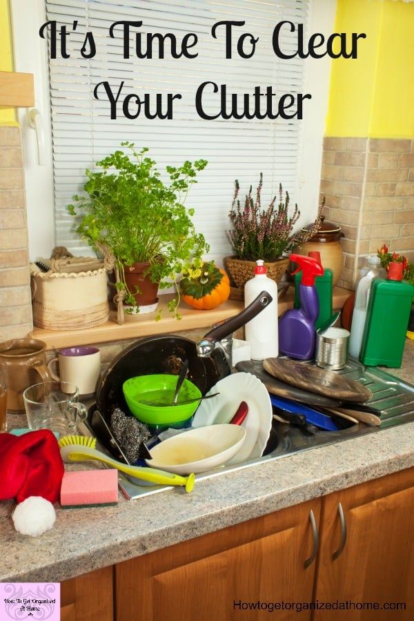 Clearing your clutter in your mind as well as your home is life changing! Not only will your home look better, your mind will feel better too! Simplify your life and home with these tips to clear your clutter!