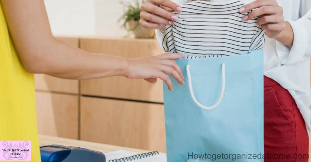 Save huge money on the clothes you buy and that you don't need!