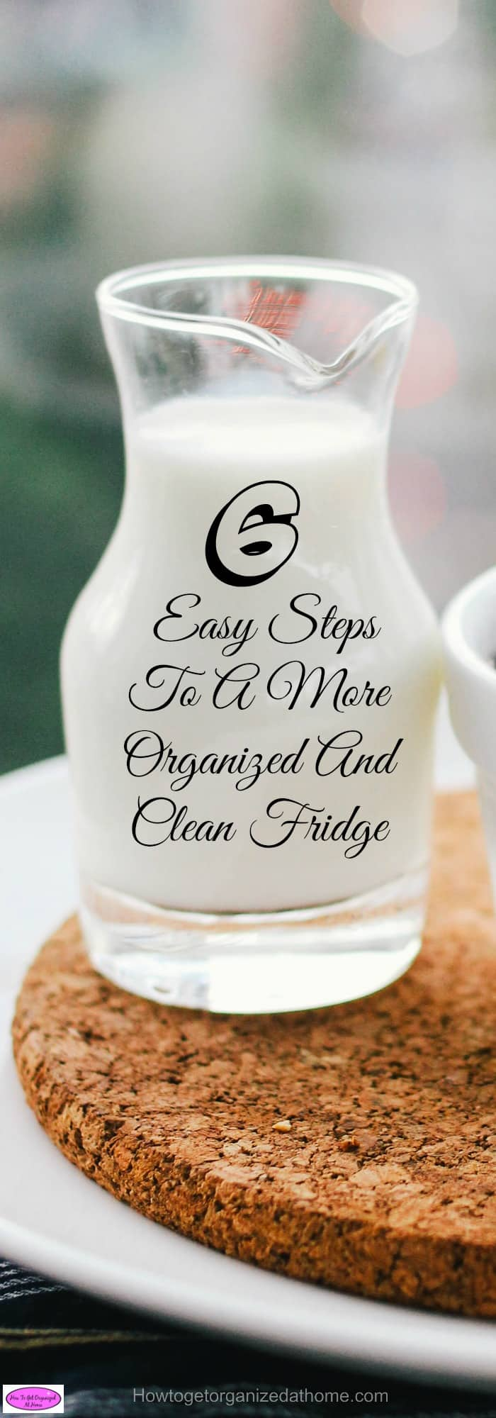 Having an organized and clean fridge is something that you should work on every day. You don't need labels or storage bins, the choice is yours!