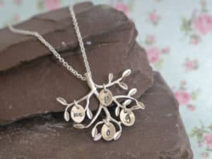 silver-family-tree-necklace