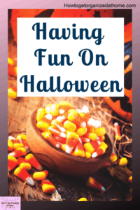 Don't be scared to have some fun with your decorations this year for Halloween. It's a time where you can really let go and have some fun! Nearly anything goes! Here's some tips and ideas to inspire you. #halloween #halloweendecorations #halloweencostumes
