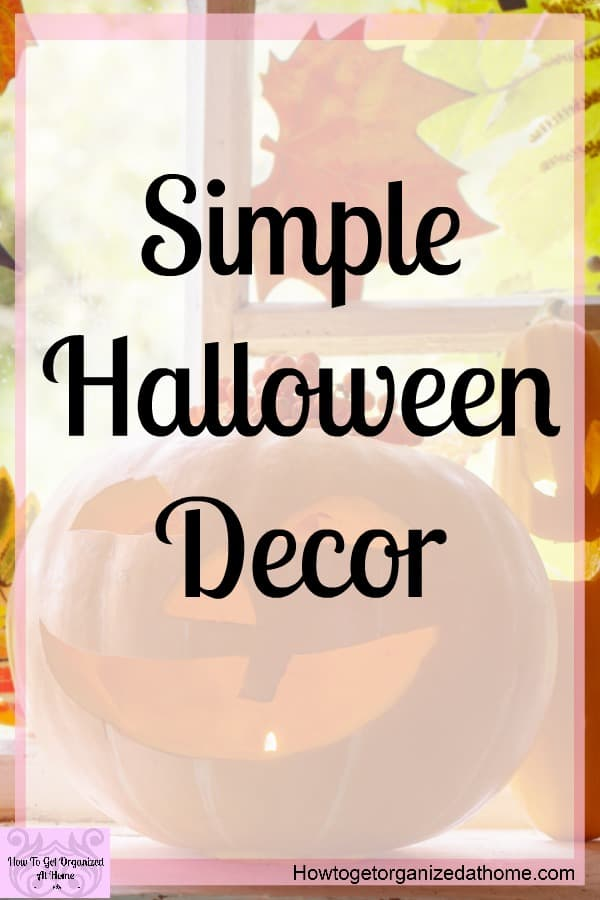 Simple Halloween decoration ideas that you can make or buy, I give you both options so I know you will find something you love! They are super simple DIY ideas that you can make with family, or if you are short on time you can buy things too!