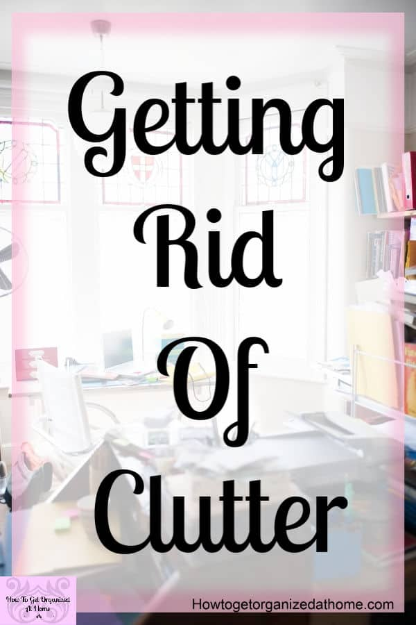 Simple decluttering ideas and tips that will help you get rid of the clutter in your home! With these simple decluttering ideas you will live a clutter free life!