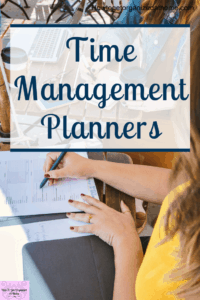 It's difficult to find a system that's going to help you develop and grow your business without being able to plan your time efffectively. Having a planner that is simple to use is important, but you need to use the planner too! Click to find out what planners I'm using this year and why. #planner #planning #timemanagement