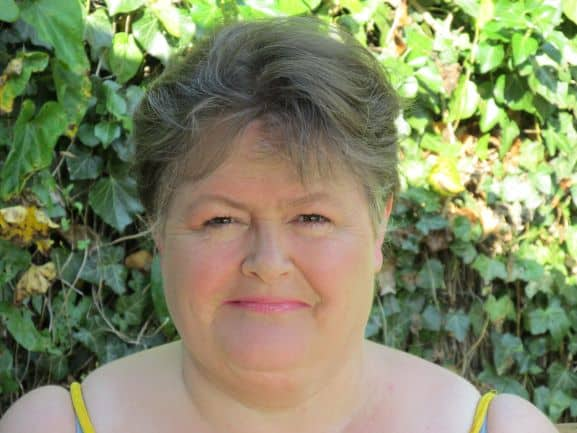 Image of Sharon Rowe the owner of How To Get Organized At Home